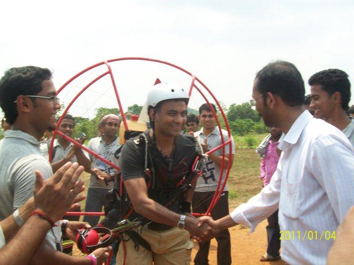 Paraglider Landing at Vidya